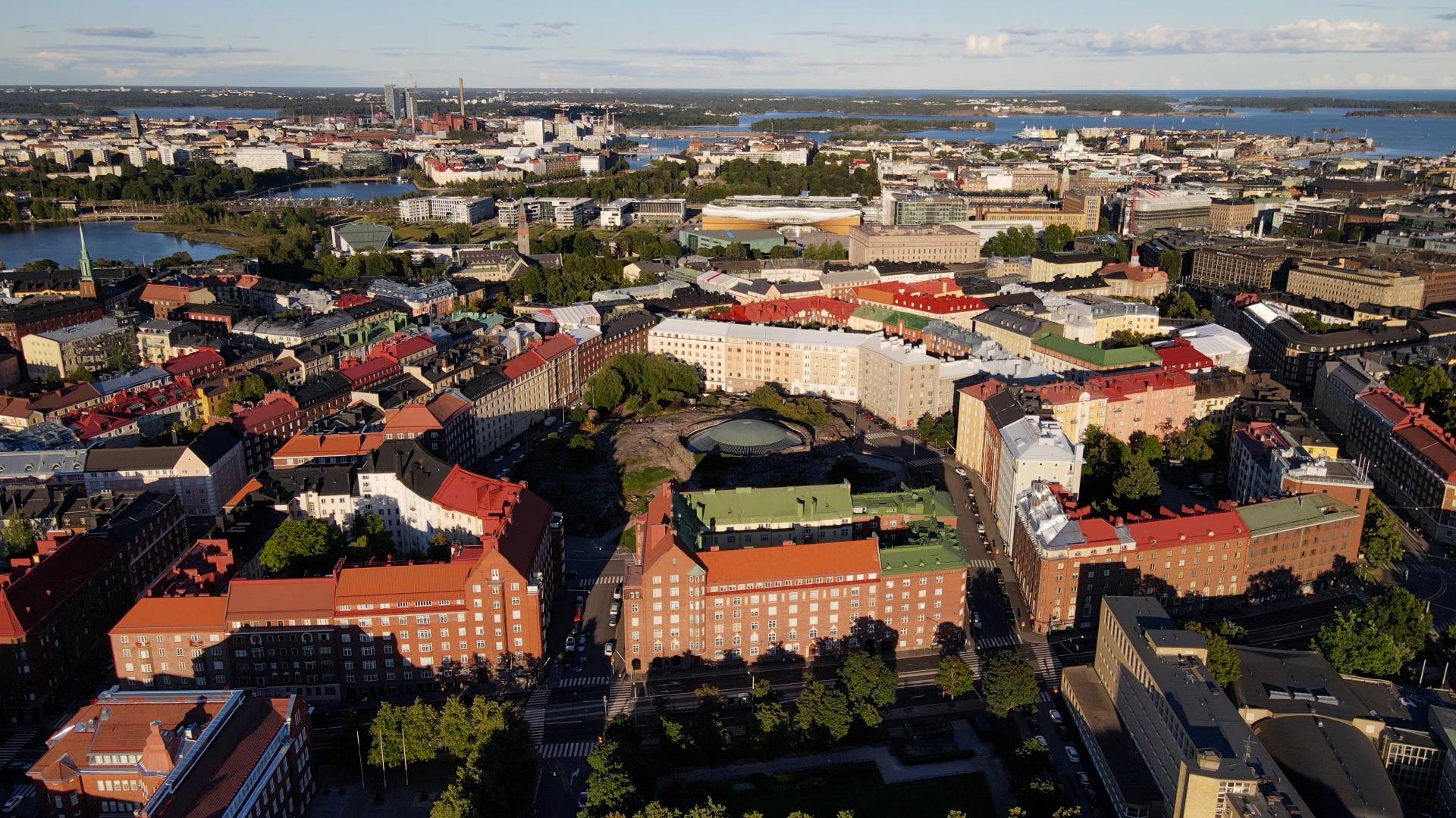 Laaja ilmakuva Töölön kaupunginosasta